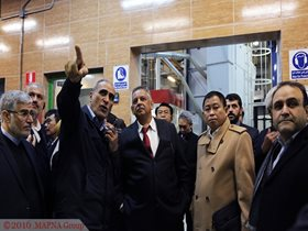 INDONESIAN MINISTER OF ENERGY VISITS MAPNA, TAKES TOUR OF THREE FACTORIES